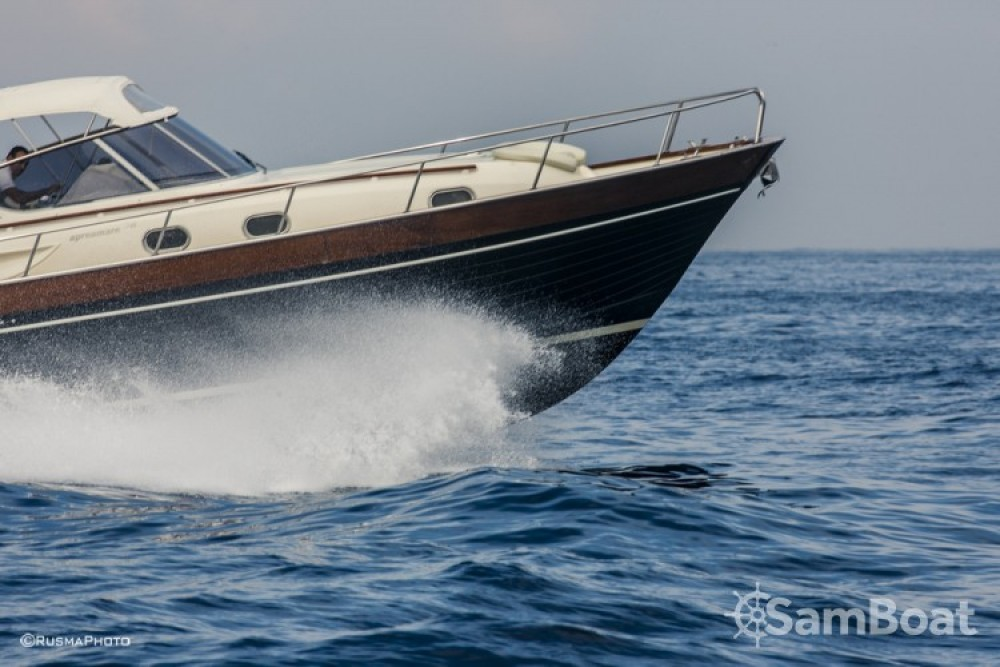 Rental Motor boat in Sorrento - Apreamare Apreamare 38 diamond