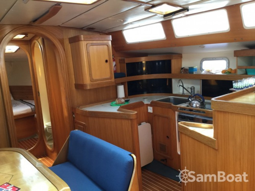 Boat rental Pointe-à-Pitre cheap Feeling 446