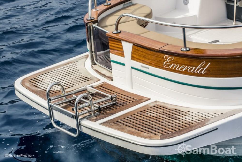 Rental yacht Positano - Maresca Sparviero 700 on SamBoat