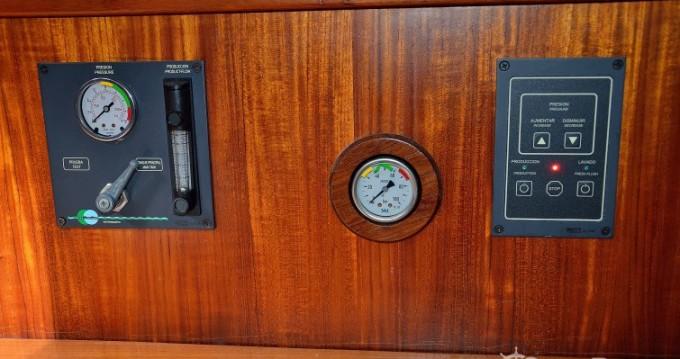Rental yacht La Manga del Mar Menor - Gibert Marine Master 52 on SamBoat