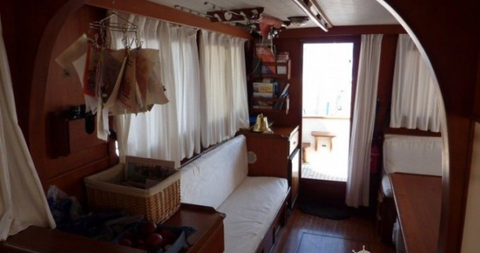 Boat rental Modern-Yacht Gemar 42s in Ibiza Island on Samboat