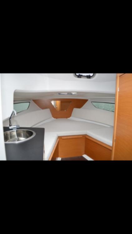 Rental Motorboat in Bord de Mer - Jeanneau Cap Camarat 7.5 WA