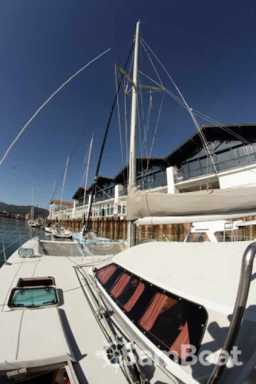 Fountaine Pajot louisianne between personal and professional Hendaye
