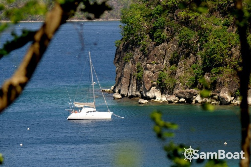 Catamaran for rent Basse-Terre at the best price
