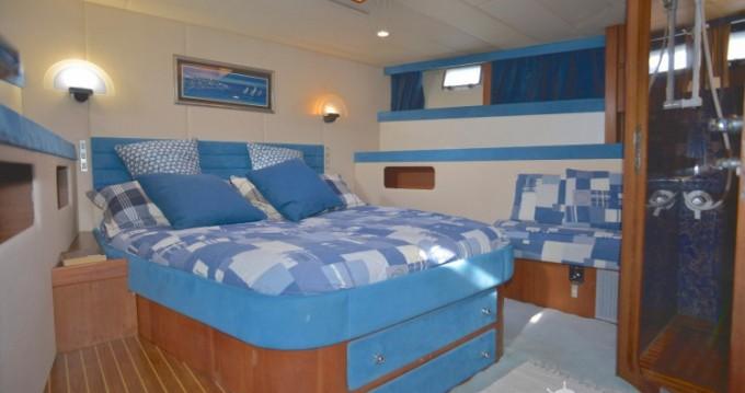 Boat rental Bordogna-Pacifico Bordogna Pacifico 77 in Sant Antoni de Portmany on Samboat