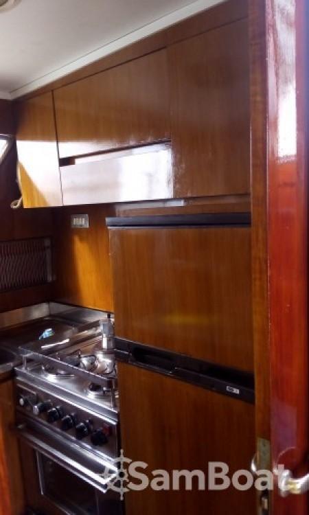 Rental Yacht in Salerno - Cantieri Di Pisa Akhir 16,60