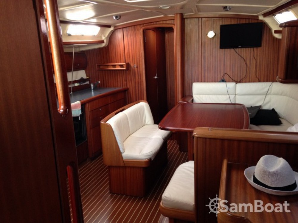 Hire Sailboat with or without skipper Bavaria Kalafationes
