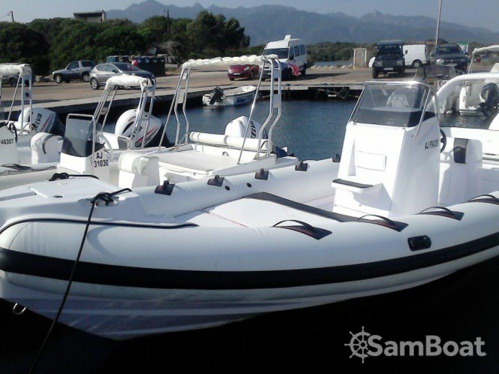 Boat rental Pianottoli-Caldarello cheap D800 Spécial