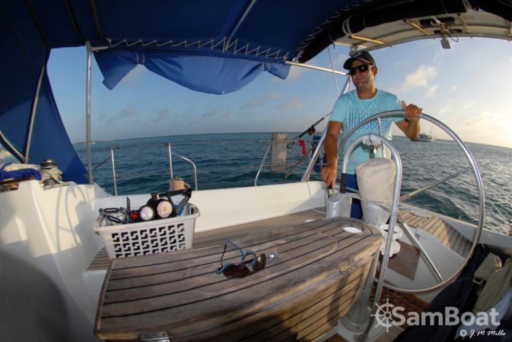 Boat rental Venezuela cheap Oceanis 430