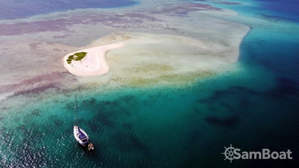 Hire Sailboat with or without skipper Bénéteau Venezuela