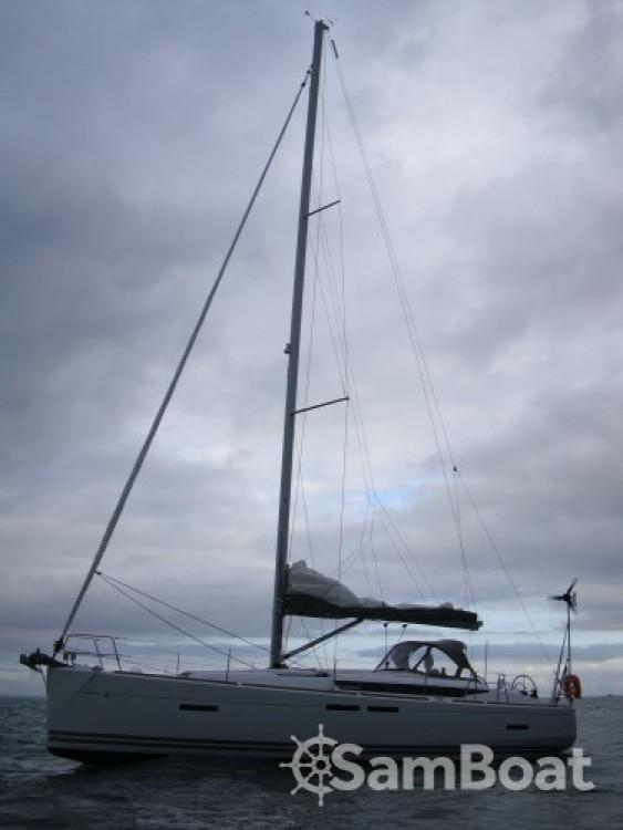 Hire Sailboat with or without skipper Jeanneau La Trinité-sur-Mer