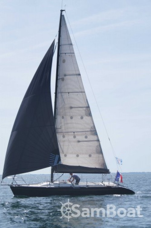 Rental Sailboat Waterline with a permit