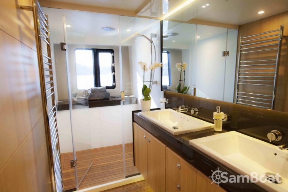 "Boat rental Princess 22.35 metres (73' 4"") in Antibes on Samboat"