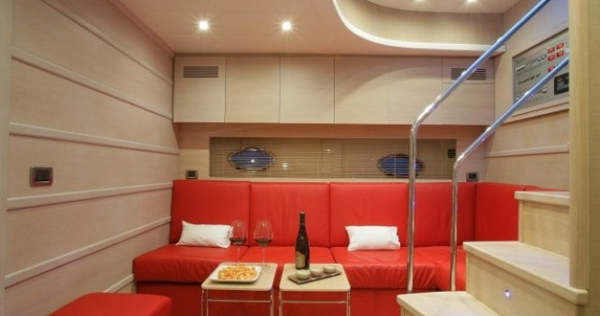 """Boat rental Gianetti 20.60 metres (67' 7"""") in Cannes on Samboat"""