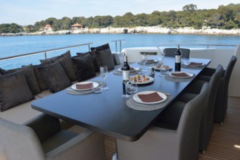 "Boat rental Cannes cheap 24.71 metres (81' 1"")"
