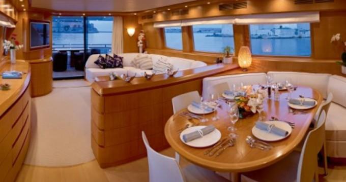 Boat rental Maiora 24.00 metres (78') in Golfe-Juan on Samboat