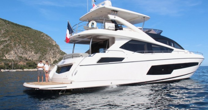 Hire Yacht with or without skipper Sunseeker Beaulieu-sur-Mer