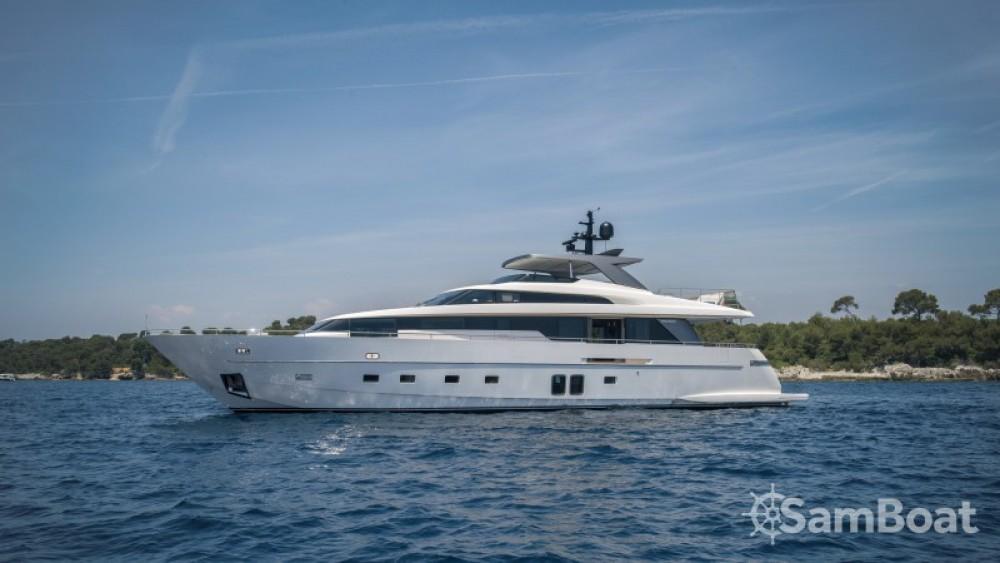 "Boat rental Antibes cheap 29.10 metres (95' 6"")"