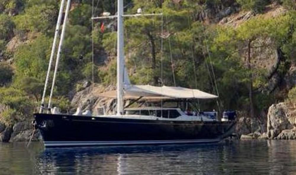 """Rental yacht Antibes - Pendennis 29.15 metres (95' 8"""") on SamBoat"""
