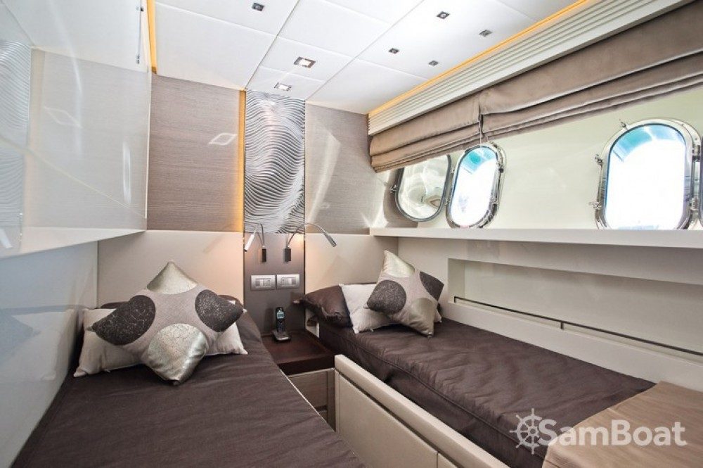 "Rent a Maiora 28.70 metres (94' 2"") Cannes"