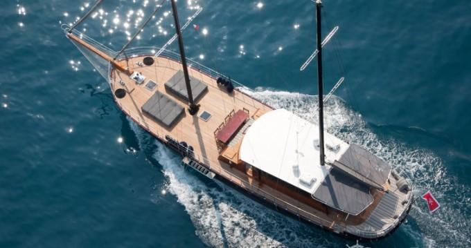 Rental Sailboat in Cannes - Custom 32.00 metres (105')