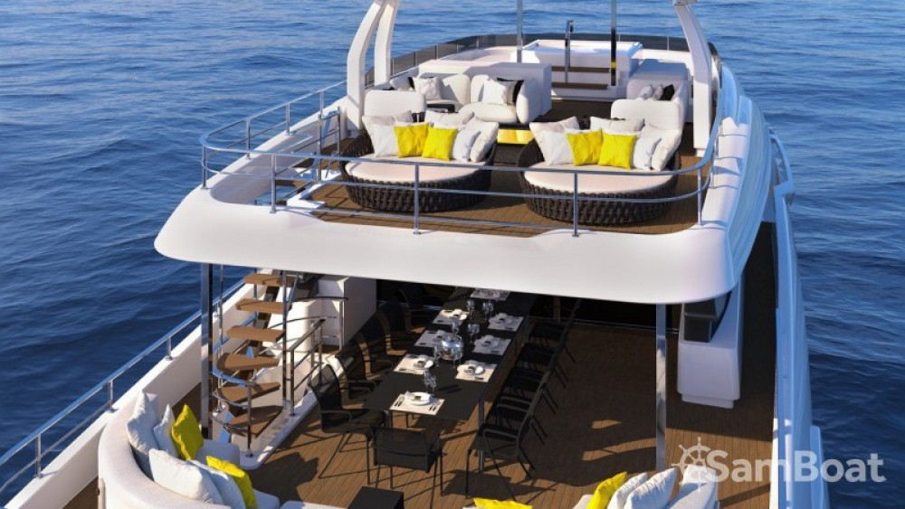 "Rental yacht Vallauris - Ferretti 33.00 metres (108' 3"") on SamBoat"