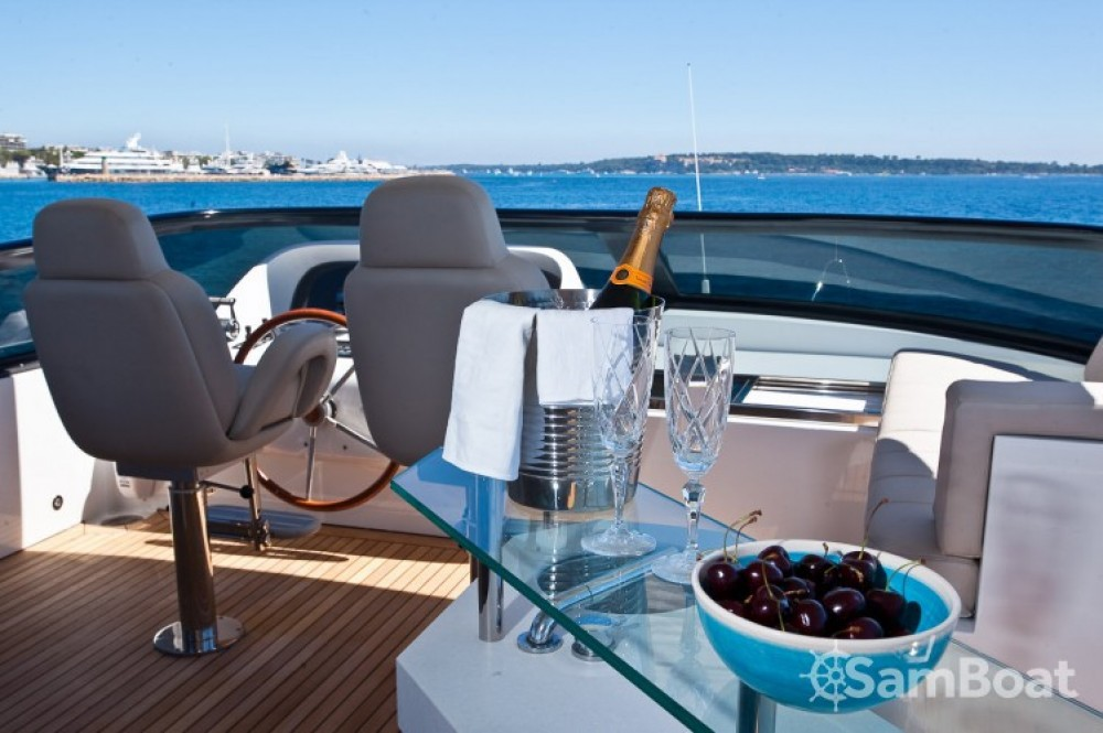 "Rental yacht Cannes - Maiora 28.70 metres (94' 2"") on SamBoat"
