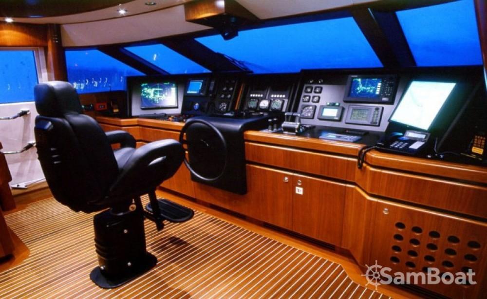"Boat rental Zuccon-International-Project 39.60 metres (129' 11"") in Monaco on Samboat"