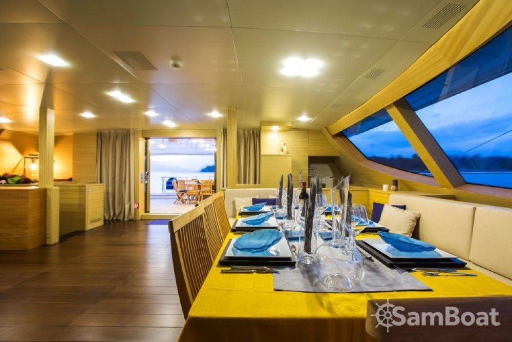 Hire Catamaran with or without skipper Olivier-Racoupeau Monaco