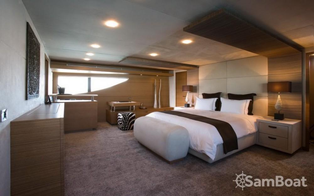 """Boat rental Monaco cheap 40.00 metres (131' 3"""")"""