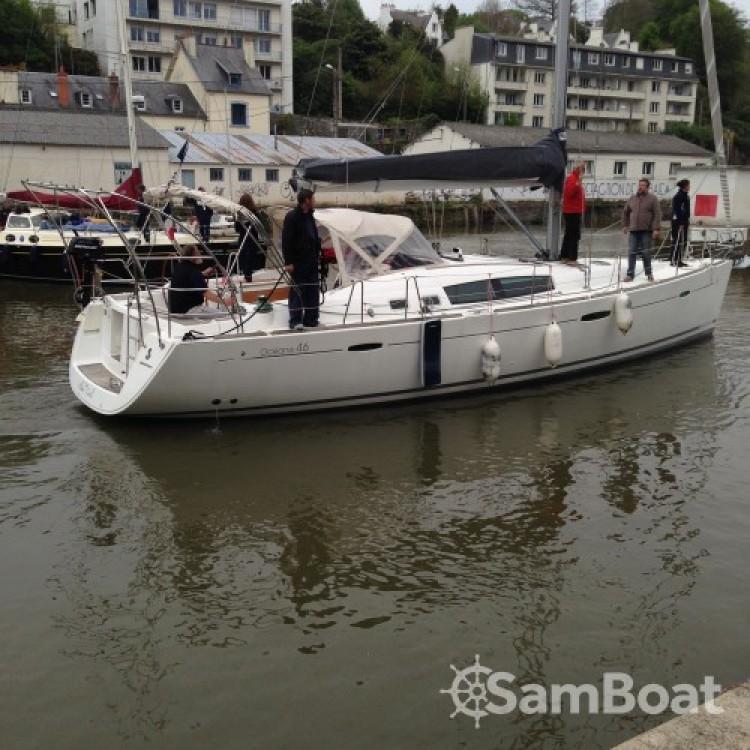 Rental yacht Morlaix - Bénéteau Oceanis 46 on SamBoat