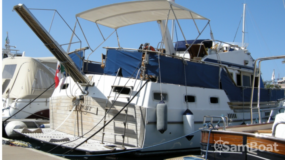 Hire Motor boat with or without skipper Trawler Milazzo