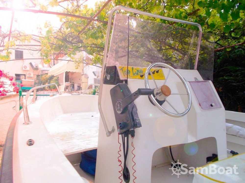 Hire Motor boat with or without skipper Fiart Scalea