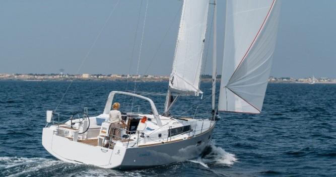 Boat rental Šibenik cheap Oceanis 38