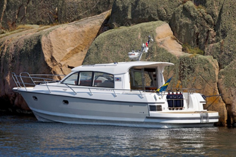 Hire Motor boat with or without skipper Nimbus Quiberon
