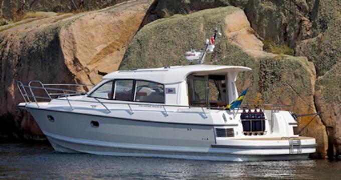 Rental Motorboat in Port-Haliguen - Nimbus Nimbus 365 Coupé
