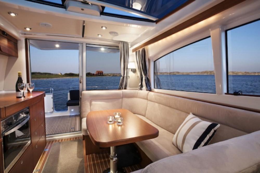Rental yacht Quiberon - Nimbus Nimbus 365 Coupé on SamBoat