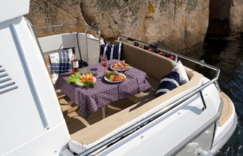 Rental Motor boat in Quiberon - Nimbus Nimbus 365 Coupé