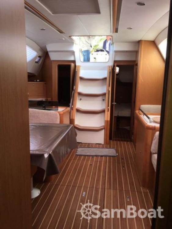 Hire Sailboat with or without skipper Jeanneau Le Grau-du-Roi