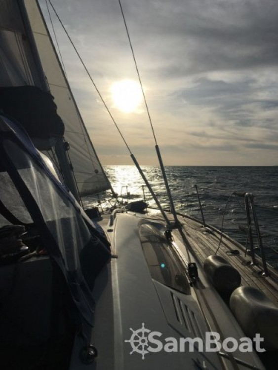 Jeanneau Sun Odyssey 50 DS between personal and professional Le Grau-du-Roi