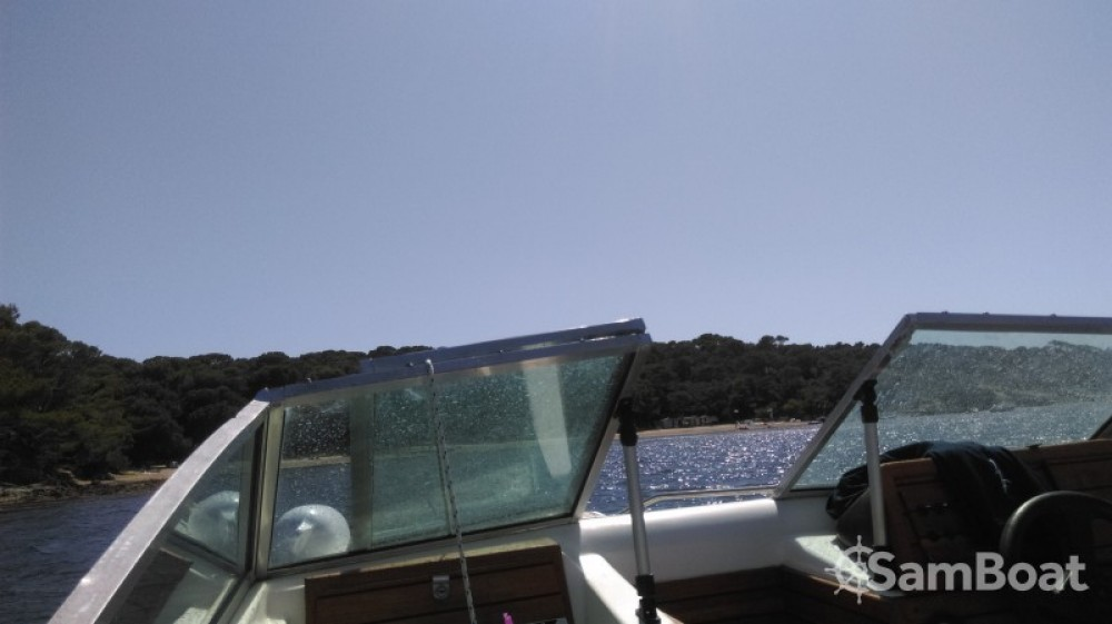 Hire Motor boat with or without skipper Sea Ray Hyères