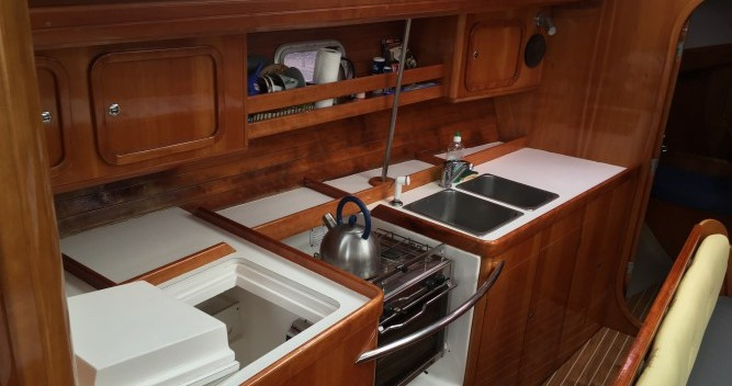 Hire Sailboat with or without skipper Kirie Port-Haliguen