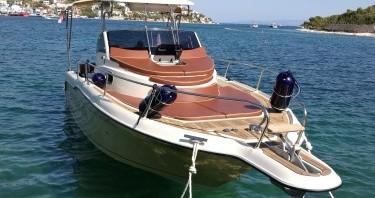 Rental Motorboat in Trogir - Inmark-Marine Sun Sport 845