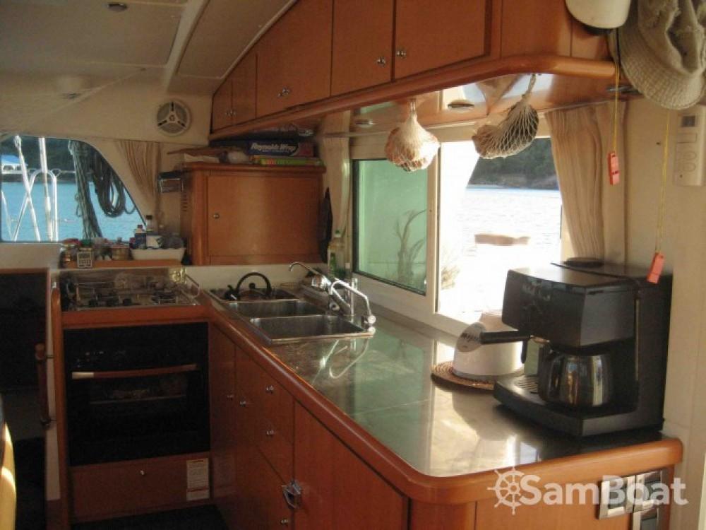 Boat rental Sorong cheap Lagoon 440