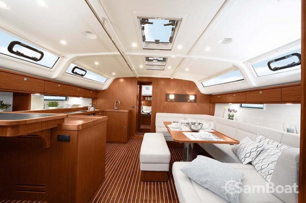 Boat rental Corfou cheap Cruiser 51
