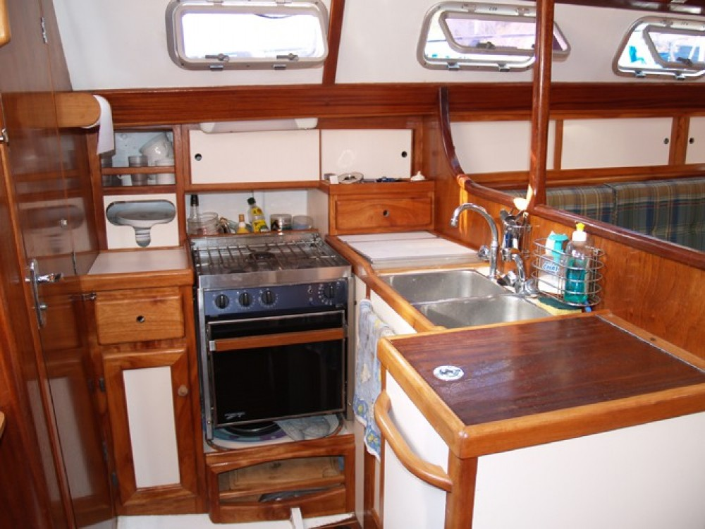 Sailboat for rent Saint-Florent at the best price