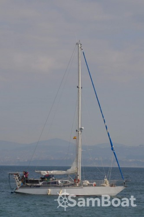Hire Sailboat with or without skipper Amateur Lorient