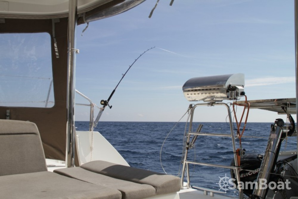 Boat rental Solenzara cheap Lagoon 450