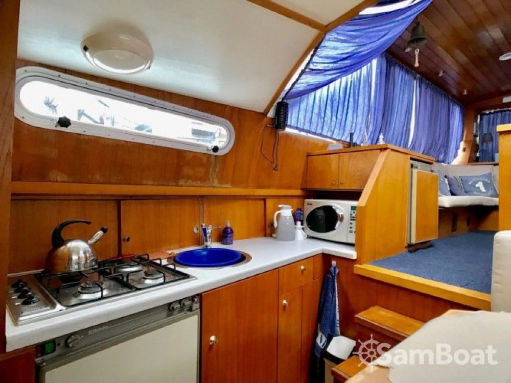 Canal boat for rent Draveil at the best price