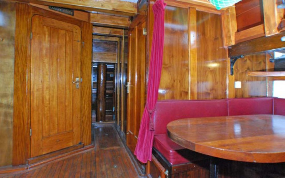 Rental Sailboat in Marseille - Chantier-Brauer-Hambourg GOELETTE